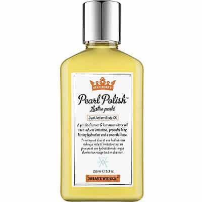 Shaveworks The Cool Fix Pearl Polish Dual Action Body Oil, 295 kr. Mild sæbe og luksuriøs barberolie i een. Den reducerer irritationer og kan samtidig bruges som kropsolie.