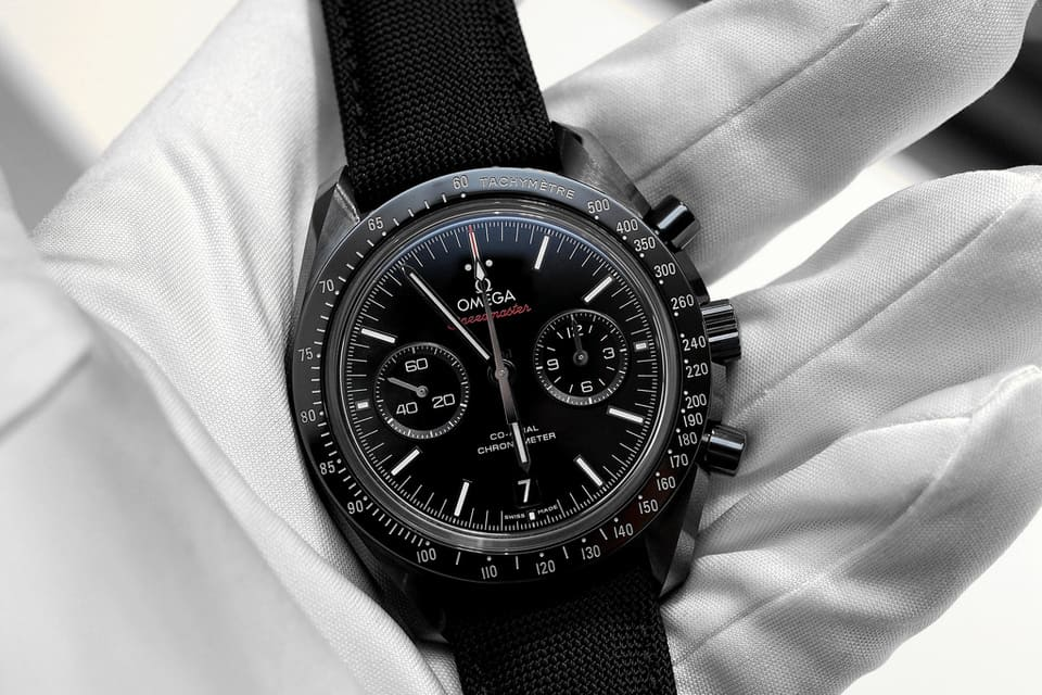 Omega-Speedmaster-Dark Side of the Moon