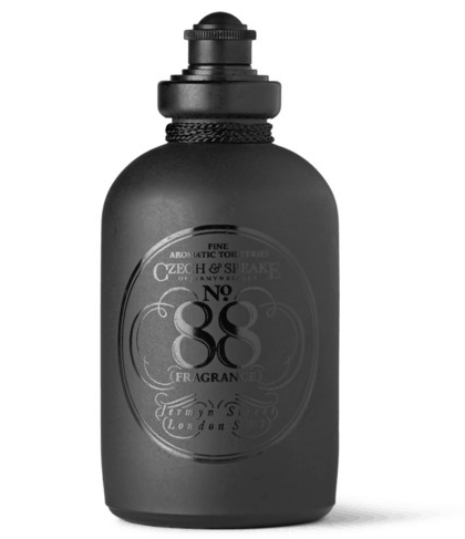 Hvis du går all in på produkterne, skal du have No. 88 Moisturising Body & Bathing Oil fra Czech & Speake, ca. 540 kr. på Mrporter.com