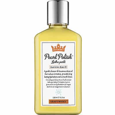 Shaveworks The Cool Fix Pearl Polish Dual Action Body Oil, 295 kr. Mild sæbe og luksuriøs barberolie i een. Den reducerer irritationer og kan samtidig bruges som kropsolie.