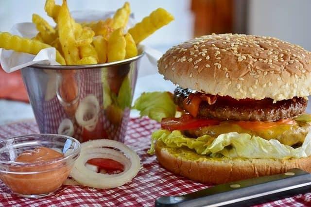 Rabatkode til burger og pomfritter